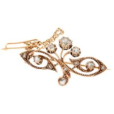 14 kt red gold vintage brooch of 6.5 g, rose cut diamonds, approx. 0.30 ct