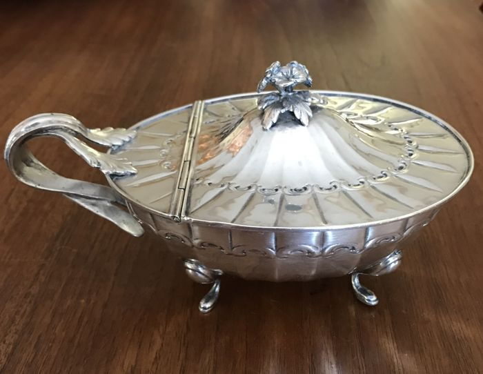 Sugar bowl, 19th century silver plated metal