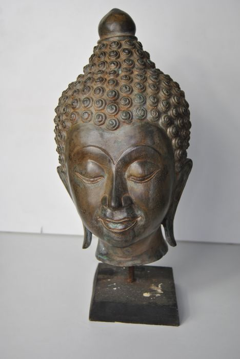 Large bronze Buddha head - Thailand - late 20th century (32 cm)