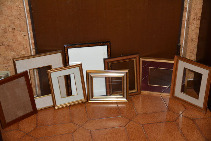 Lot of eight vintage wooden frames - mid-20th century - Italy