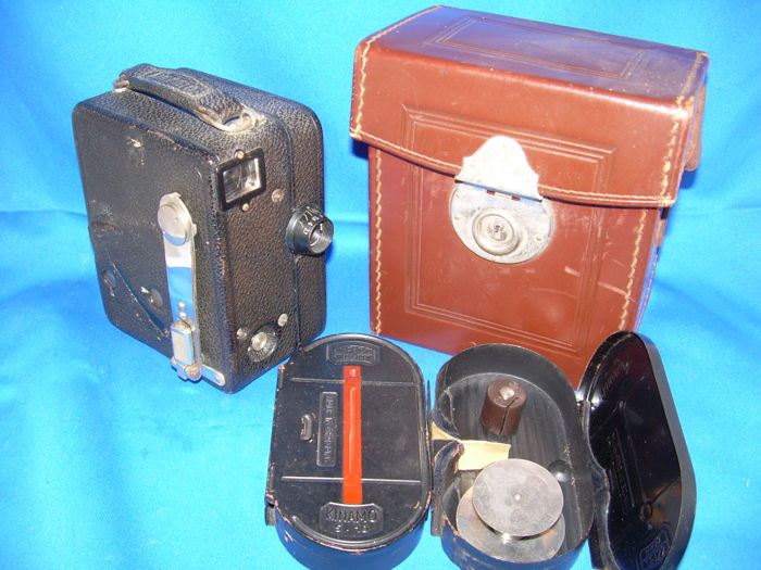 ZEISS IKON KINAMO S10 (5490) 16mm Movie Camera (ca. 1930)