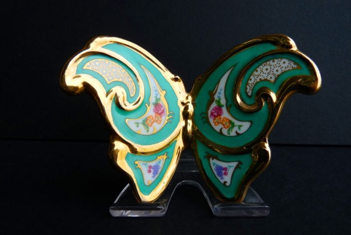 House of Fabergé - 'The Butterfly' - Fine Porcelain - 24K Gold finish - Signed