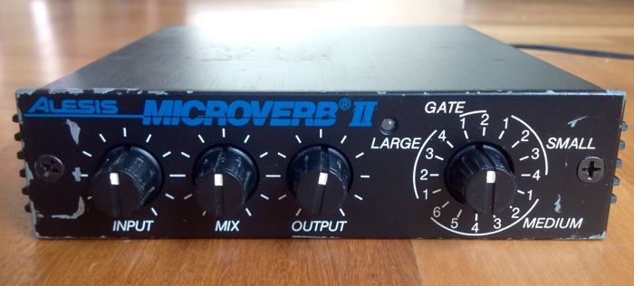 Alesis MICROVERB II - Compact Professional Stereo Reverb Processor