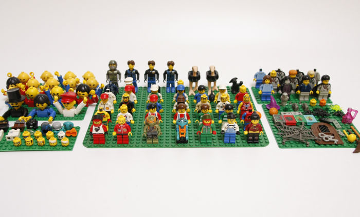 Assorted - approximately 50 mini figures including Harry Potter + accessories + home maker figures