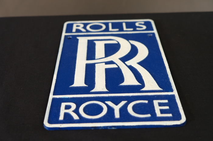 Plafonniere Blue : Rolls royce rr logo sign made of iron catawiki