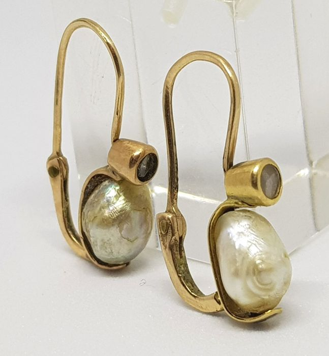 Antique earrings, Italy, 19th century - Yellow gold - Natural pearls and diamond roses