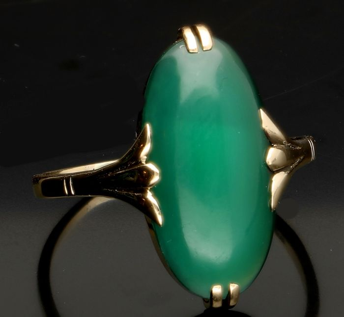 14 kt Yellow gold ring with green onyx - Ring size 19.75 mm