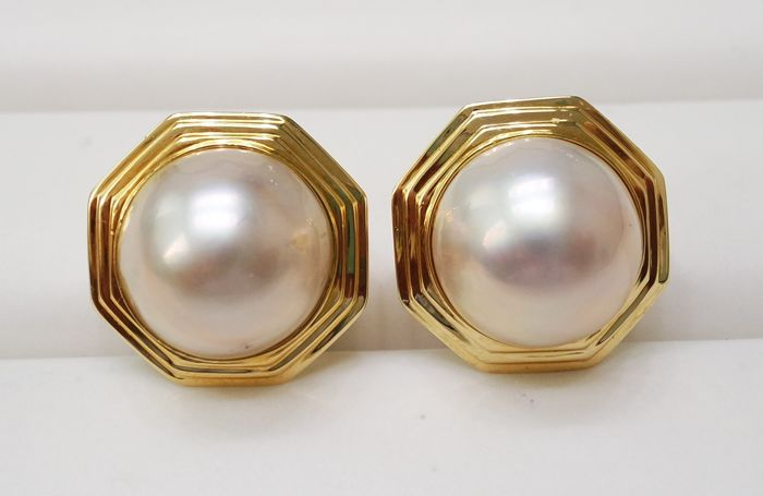 1970s 14KT Yellow Gold Earrings with 14mm Mabe Pearl , Gorgeous Earrings