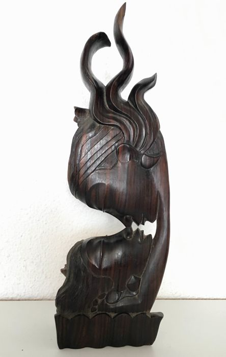 Lovers - carving in hardwood - cabinet of curiosities