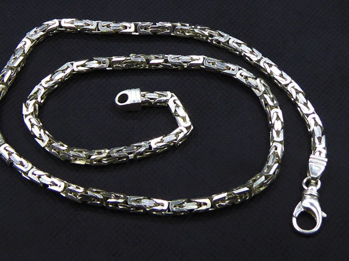 Silver Link necklace of 54 cm length