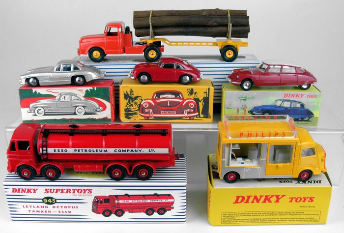 Dinky Toys - 1:43 - Lot with 6 replica models (Atlas) - inclusief 2 Quiralu en 4 Atlas-modellen # 3