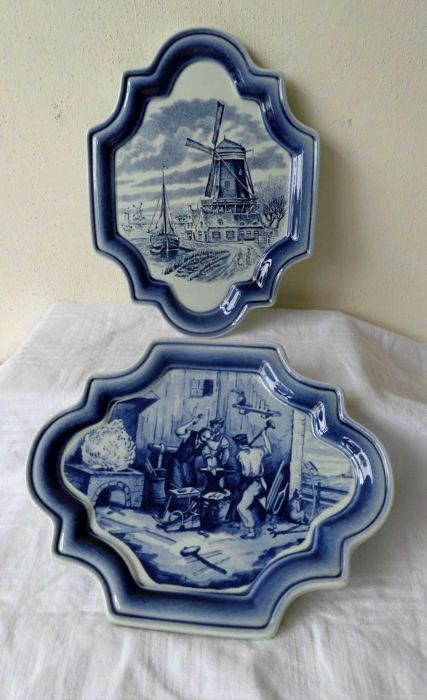 Two Delft blue tiles Royal Boch - Belgium, special shape, 1 mill landscape - 1 image of a forger/foundry