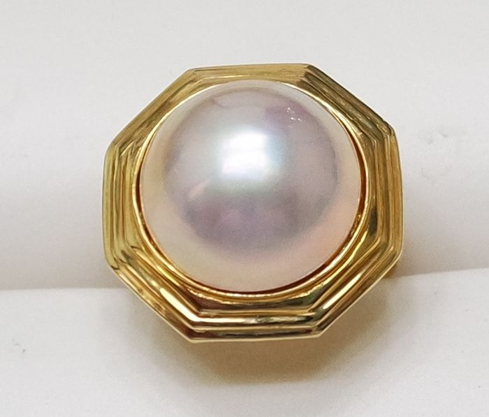 1970s 14KT Yellow Gold Ring with 14mm Mabe Pearl , Gorgeous Ring , Size N 1/2