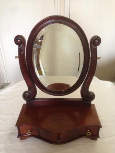 A solid wooden mirror set for dressing table - c.a. 1930