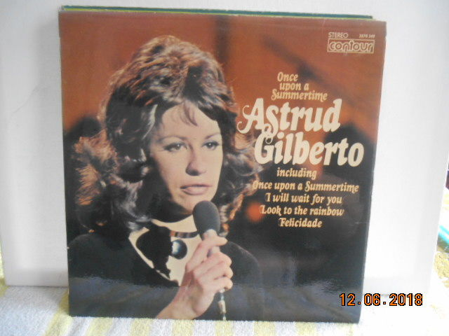 Astrud Gilberto  ''lot of 7 albums ''
