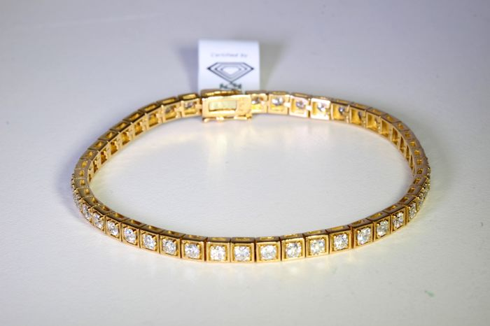 18 kt Pink Gold Bracelet - White Princess cut Diamonds of Total Carat Weight * 4.50 ct - 19 cm