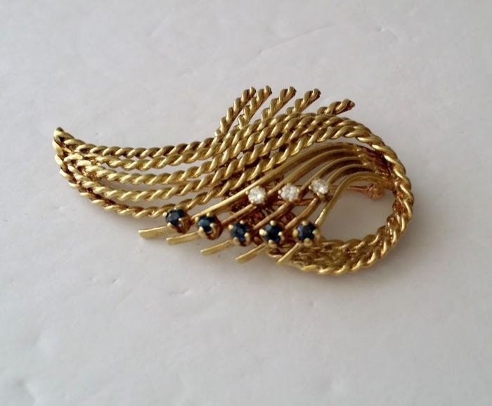 14kt Yellow Gold Diamond and Sapphire Rope Swirl Brooch