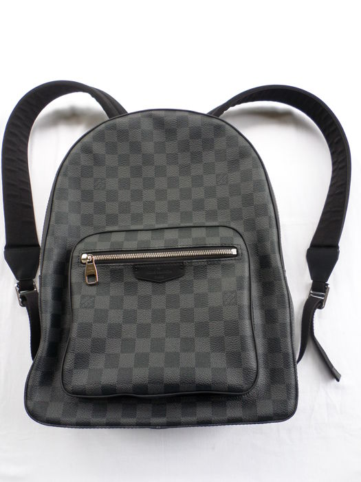 638df8b2205b Louis Vuitton - Damier Graphite Josh Backpack - Catawiki