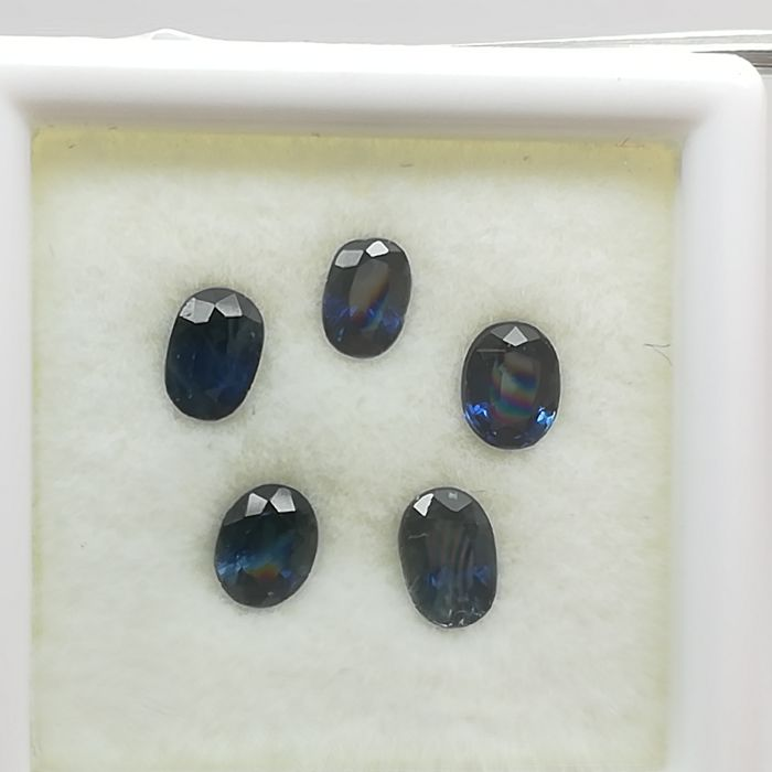 Lot of 5 sapphires - 1.66 ct *No reserve*