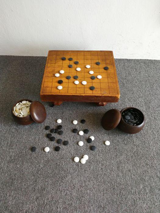 Wooden go board game (complete set) - Japan - 1938 (Showa period)