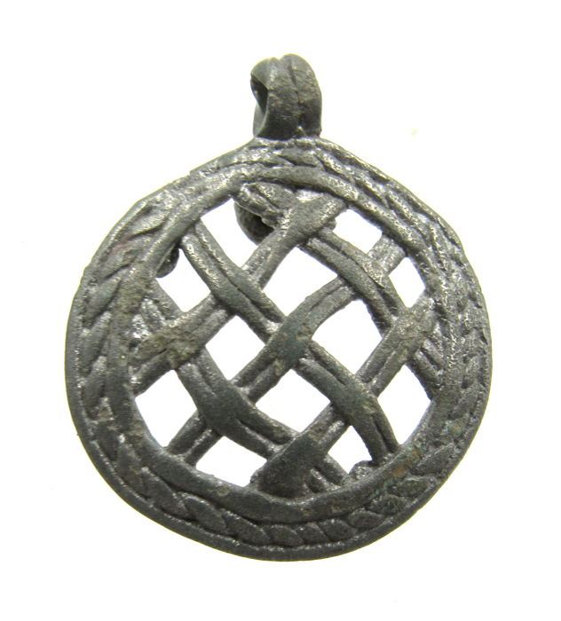 Medieval Viking Era Brons Interlaced Pendant  - 3.3cm