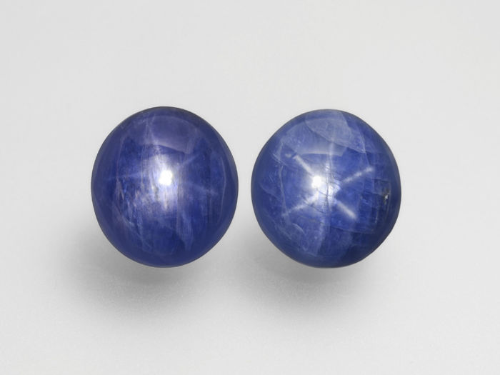 Pair of Blue Star Sapphires - 127.72 ct