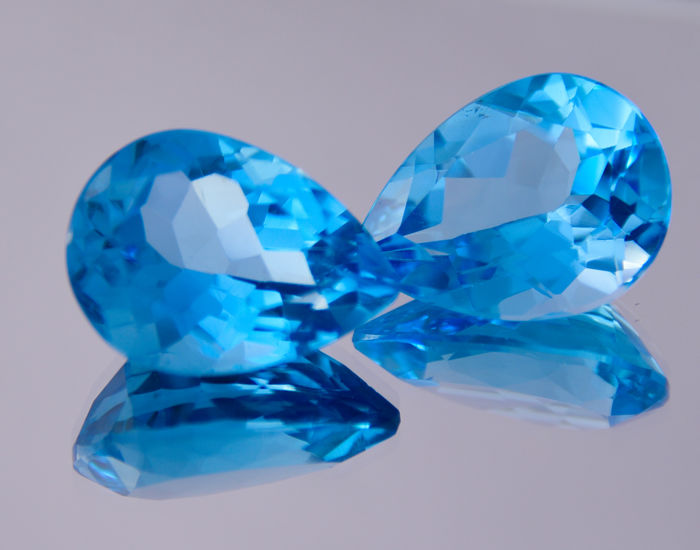 Pair of Swiss Blue topazes - Deep blue - 38.88 ct in total