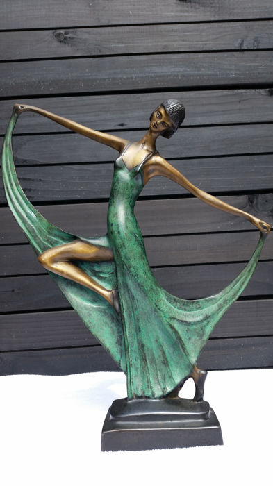 Art Deco style figure depicting a stylised dancer - bronze - second half 20th century