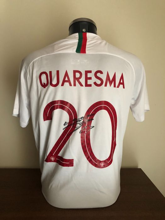 Ricardo Quaresma signed Portugal away world cup 2018 shirt with photos of the signing and COA