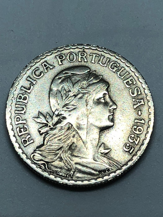 Portugal - Republic - 1 Escudo - 1935 - Nickel-silver - Rare