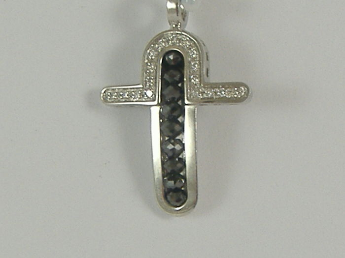 Zancan - cross in 18 kt white gold with white and black diamonds