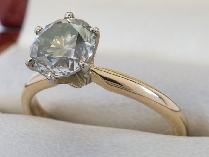 Diamond ring with 1.33 carat solitair brilliant - Graded - **No Reserveprice**