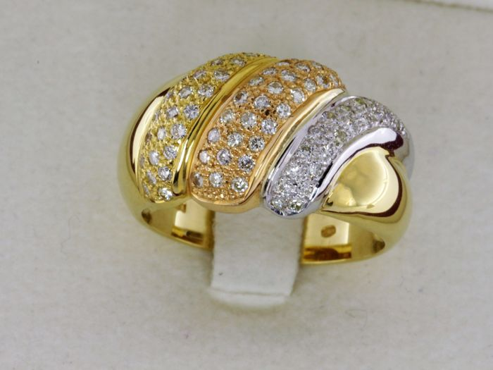 Three-tone 18 kt GOLD ring - Diamonds 0.70 ct