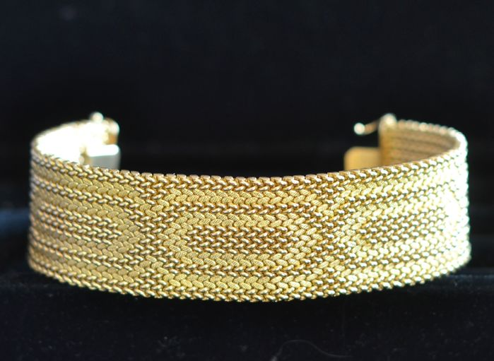 "Ribbon bracelet in satinised and smooth gold with ""geometric friezes"" 18 kt, size - 20 cm"
