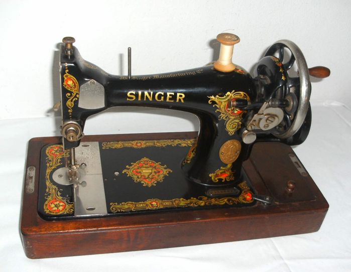 Singer Sewing Machine 40 K With Dust Cover And Original Key 40 Mesmerizing Original Sewing Machine