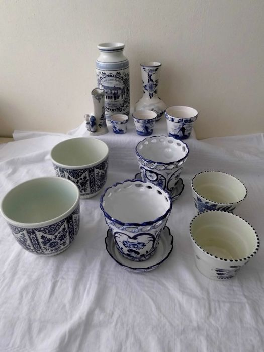 Beautiful Delft Blue Flower Pots And Vases Amongst Other Things
