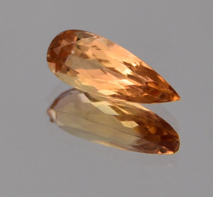 "Imperial topaz - 1.63 ct - ""No reserve price"""