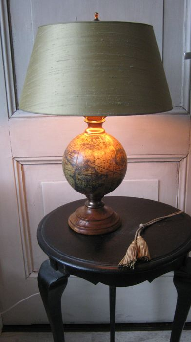 Vintage globe table lamp with new silk shade