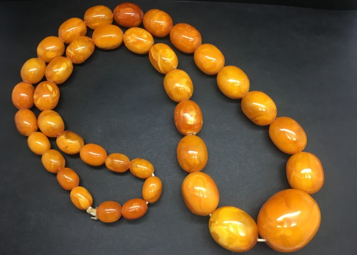Vintage Baltic Amber Necklace old egg yolk colour rare unique tiger pattern beads, 141.6 grams