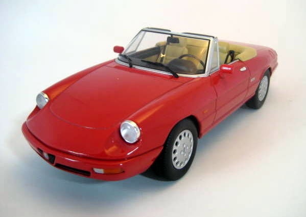 KK Scale - Scale 1/18 - Alfa Romeo Spider 4 Red 1990