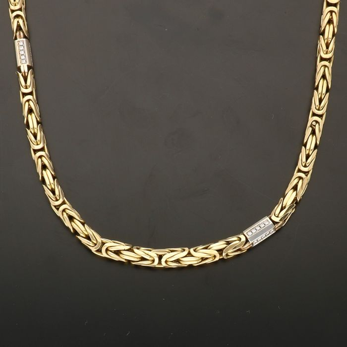 14 kt - Yellow gold Byzantine link necklace set with 120 brilliant cut diamonds of approx. 1.20 ct in total  in a white gold link - Length 55.1 cm