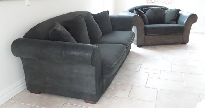 Large 3/4-seater sofa and 2 seater chair - Ca. 2010 - the ...