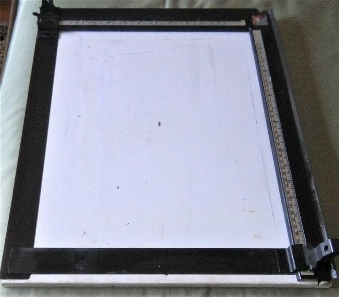 Enlarger easel 30x40
