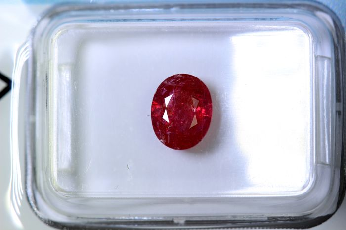 Ruby - 1.18 ct - Intense Orangey Red