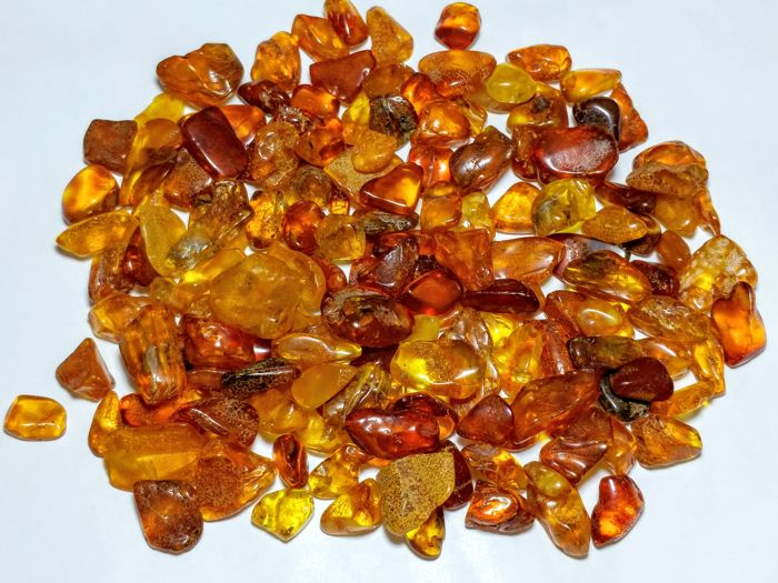 Amber (fossilized resin) Semi-polished - 1 - 2.5 - 160