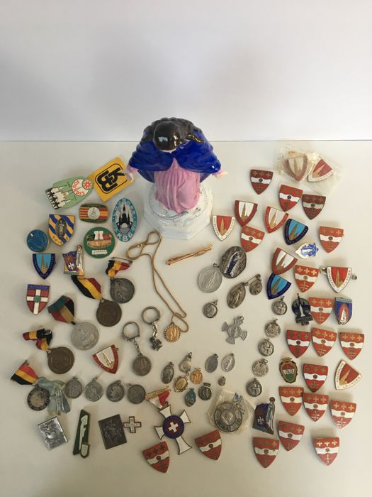 Collection: Medallions, Pins, Buttons, Mary figurine (84 pieces)
