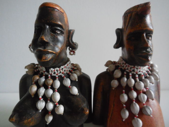 Bust couple of African from Congo
