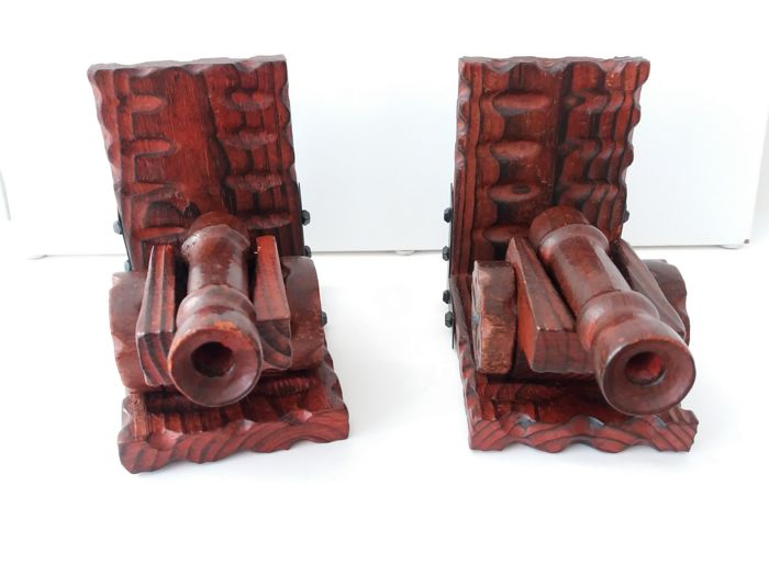 Two cannon bookends with movable barrels - Spain - 20th century