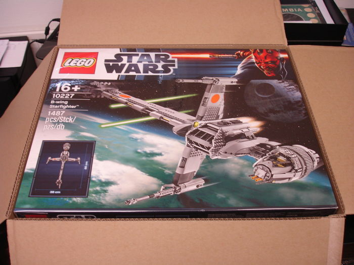 Star Wars - 10227 - Ultimate Collector Series UCS - B-Wing Starfighter