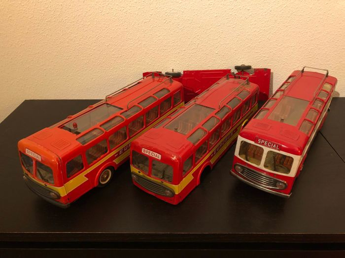 3 French Joustra tin busses